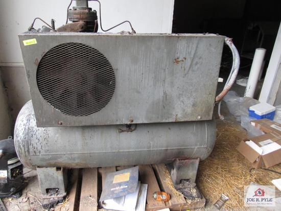 Ingersoll - Rand Air Compressor Model 10T-T3015Tm