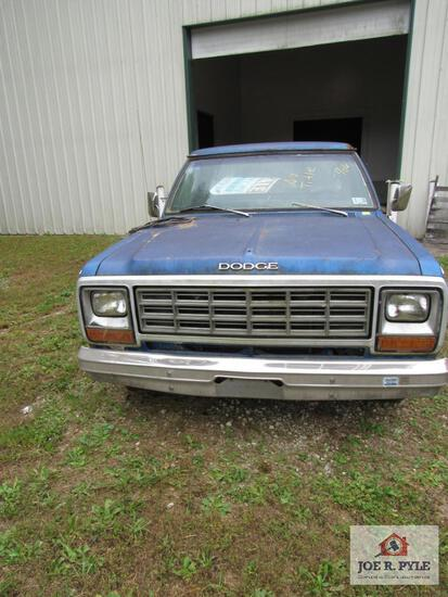 No Title Parts Only No Keys 1982 Dodge Ram 150 Custom Vin 1B7Fd14T0Tods400384 {Non Running}