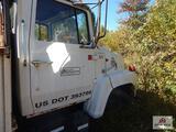 1981 Ford 7000 digger truck VIN: 1FDPR7OU2BV114760