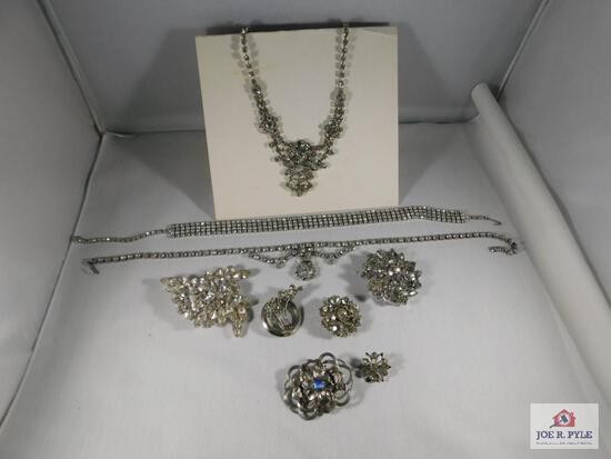 Lot of Costume Jewelry: 3 Necklaces, 6 Brooches