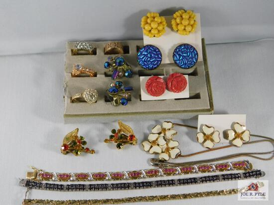 Lot of Misc Costume Jewelry: Necklaces, Clip On Earrings, Rings