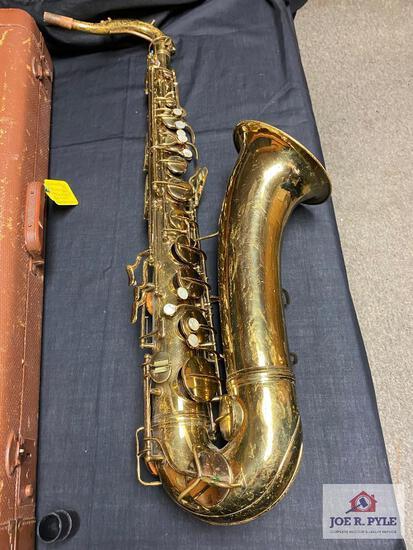 "Conn 10M Jazz Tenor Sax #326964 RARE ""Lady in the window"" case & w/gig bag"