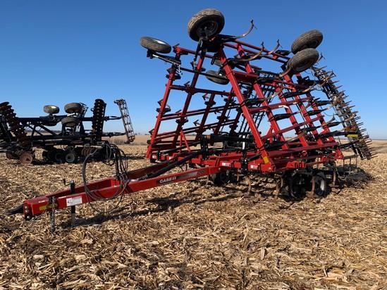 Case IH Tiger-Mate 32' Field Cultivator Bar Harrow - Like New