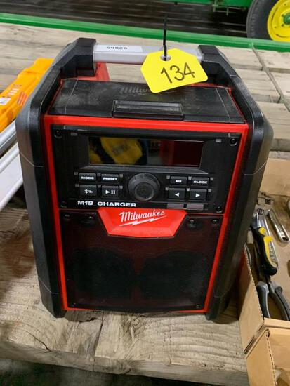 Milwaukee M18 Job Site Radio