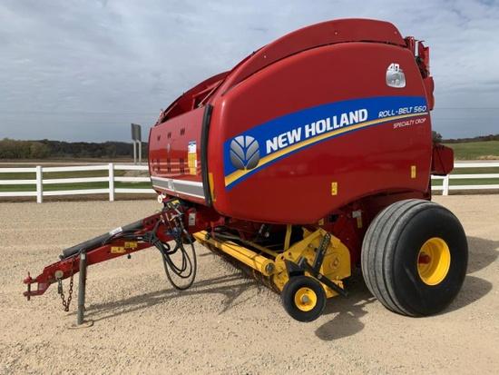 New Holland 560 Round Baler