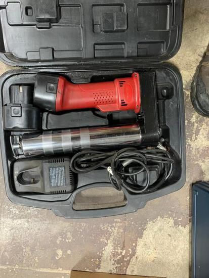 Legacy 12 v Battery Grease Gun