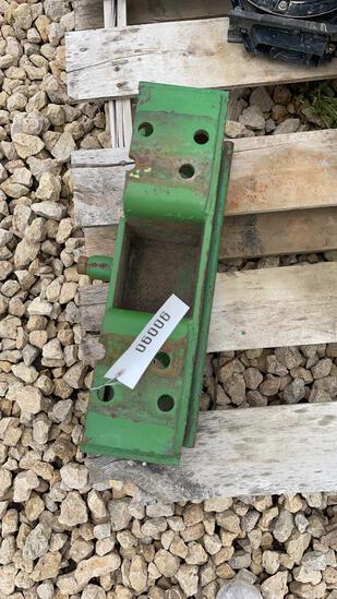 JOHN DEERE STEEL FRONT WEIGHT BRACKET