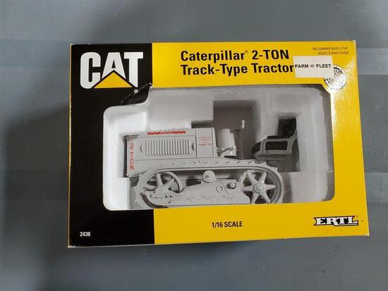 CAT 2T TRACK TYPE TRACTOR