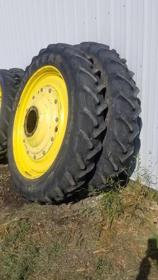 Set of (4) 10 bolt 220/90R50 tires