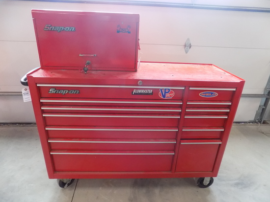 Snap on KRA5213D Roll around tool box w/ Snap on