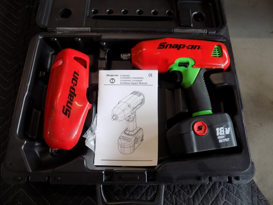 Snap on half inch cordless impact
