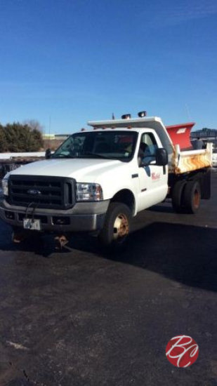 2005 Ford F-350 Dump Truck with Plow
