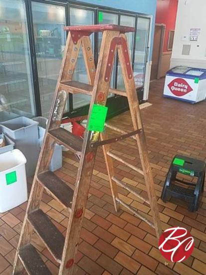 Wood Ladder 6ft