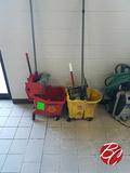 Rubbermaid Mop Buckets W/ (2) Mop's