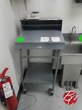 Winholt Metal Service Desk