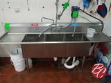 John Boo Stainless Steel Sink W/ Drainboards 90