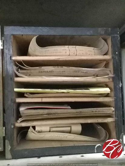 Assorted Sandpaper Lot W/ Box