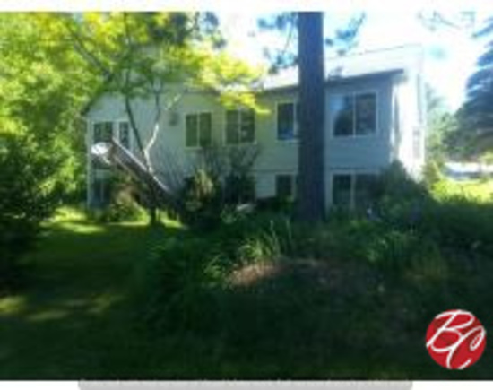 10.3 Acre Home/cottage With 240' Of Frontage On