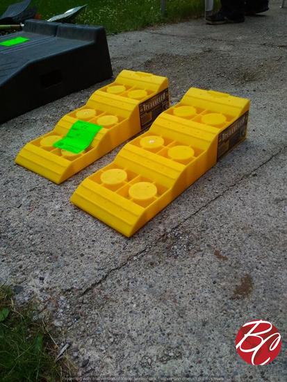 Tri-leveler Rv & Trailer Parking Ramps