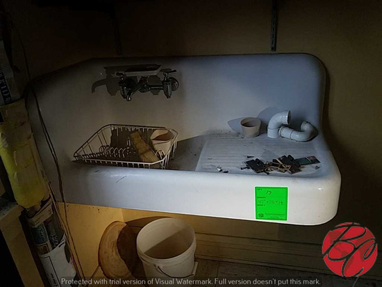 "Vintage Sink 42""x20""x18"""