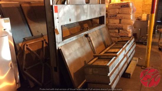 Fish 6-Tray Revolving Oven Model #7524