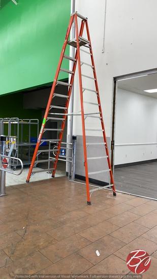 Werner Fiber Glass Ladder 12'