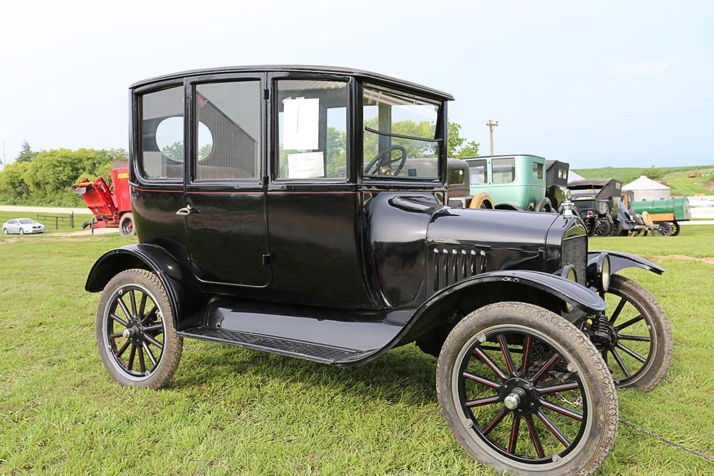 Willard Antique Auto Collection