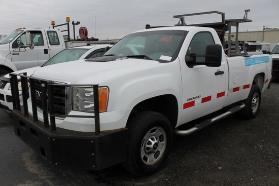 2012 GMC Sierra 2500 HD Pickup Truck