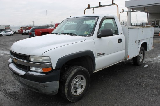 2001 Chevrolet Silverado 2500 HD Service Truck