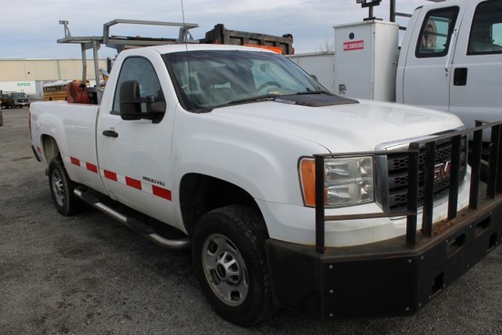 2012 GMC 2500 HD Pickup Truck (INOPERABLE)