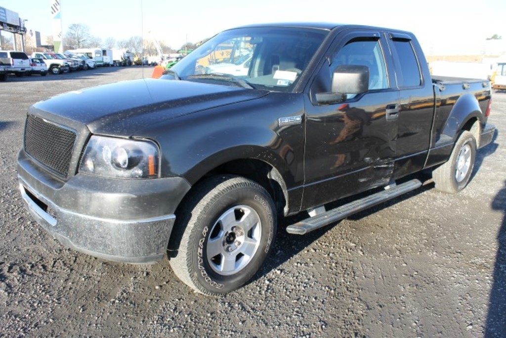 2006 Ford F150 STX Extended Cab Pickup Truck (REBUILT TITLE)