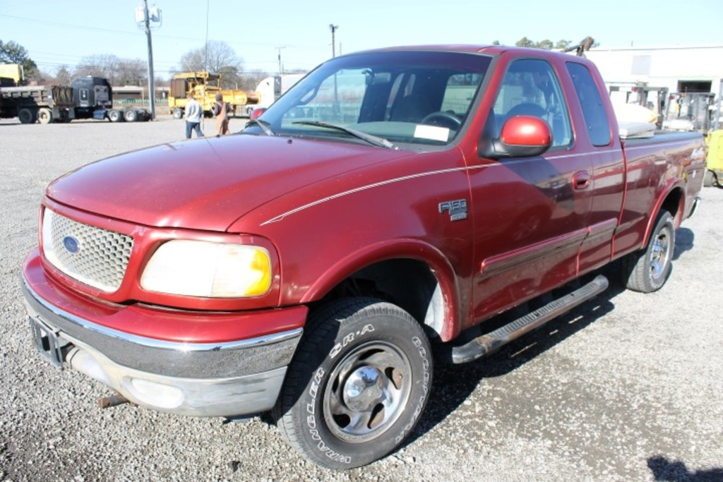 1999 Ford F150 4x4 Extended Cab Pickup Truck