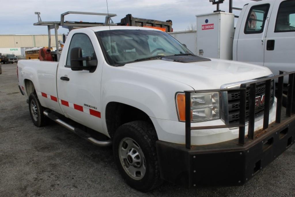 2012 GMC 2500 HD Pickup Truck (INOPERABLE)
