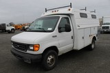 2004 Ford E350 Super Duty Utility Van