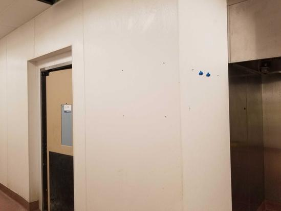 Break Away Insulated Cooler Room