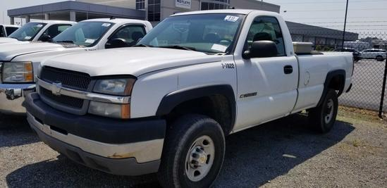 2003 Chevrolet 2500 4x4 Pick Up Truck