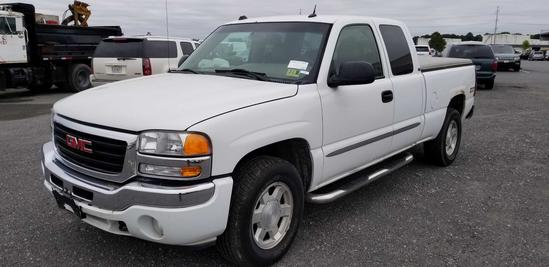 2005 GMC Sierra Extended Cab Pick Up Truck
