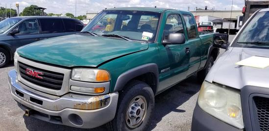 2003 GMC Sierra 4x4 Extended Cab Pickup Truck