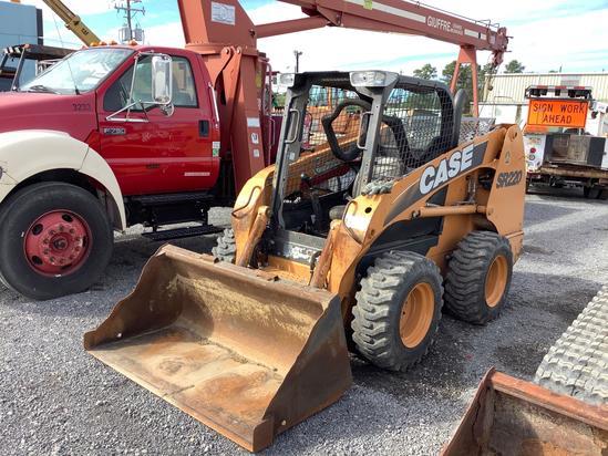 2011 CASE SR220 SKID STEER LOADER
