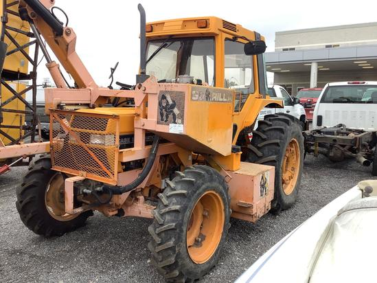 CASE INTERNATIONAL 895AXL TRACTOR WITH CAB (VDOT UNIT R00009)
