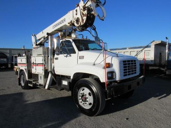 2002 GMC C7500 S/A Digger Derrick Truck