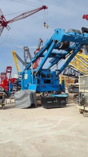 2011 Manitowoc 2250 Series I, II, III 300 Ton Lattice Boom Crawler Crane (Unit #300389)