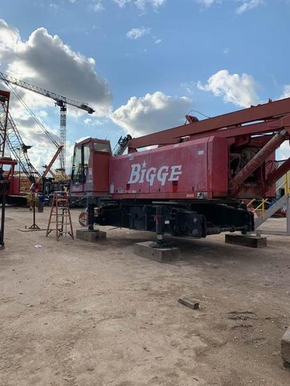 2001 Manitowoc 999 250 Ton Lattice-Boom Crawler Crane (Unit #275223)