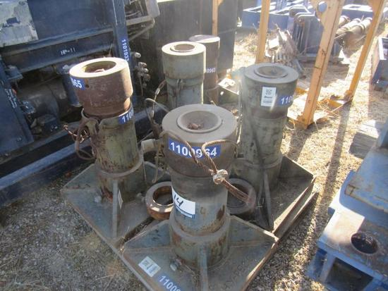 200 Ton Hydraulic Jacks.