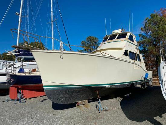 """1968 Hatteras """"Thunderball"""" 50' 47-Ton Yacht"""
