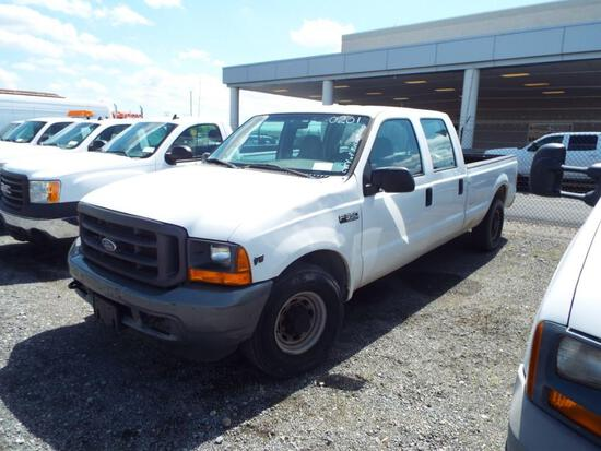 2001 FORD F350 CREW CAB PICKUP TRUCK (CITY OF RICHMOND UNIT 0201)