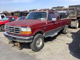 1996 FORD F250 4X4 XLT EXT. CAB PICKUP w/SPREADER