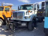2006 INTERNATIONAL 7600 T/A CAB AND CHASSIS (VDOT UNIT #R08330)
