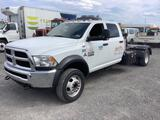 2017 RAM 5500 CREW CAB CHASSIS WITH HITCH CRAFTER