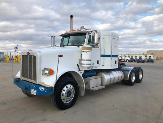 2012...Peterbilt 367 T/A Sleeper Compressor Truck Road Tractor (Unit #TRB-286)